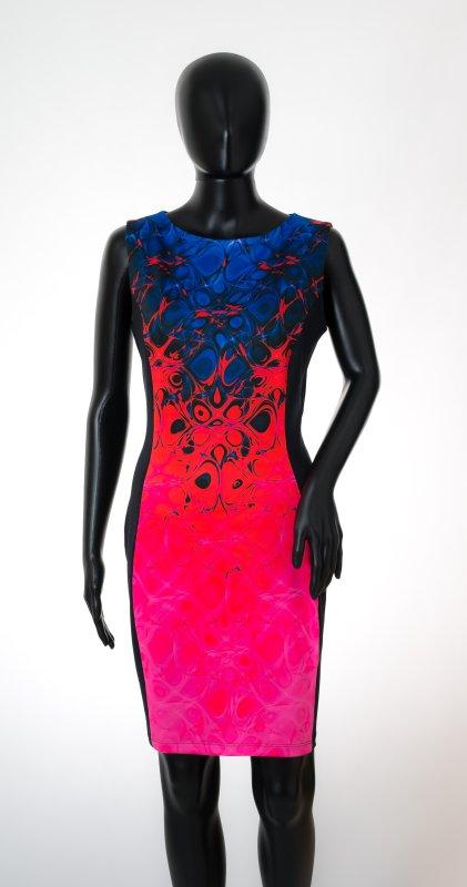 Dámské šaty Baronesa - Hořící střed na figurině