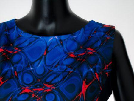 Dámské šaty Baronesa - Hořící střed detail
