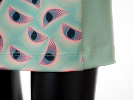 Dámské šaty Baronesa - Smaragové oči detail vzoru