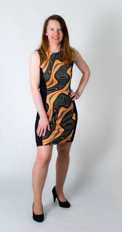 Dámské šaty Baronesa - Energizující proudy žluté zepředu