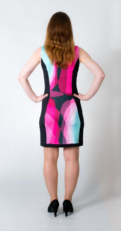 Dámské šaty Baronesa - Růžový tangens zezadu